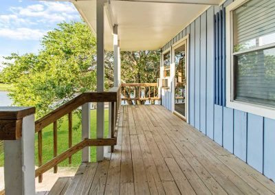 757_Red-Bend_Front-Porch