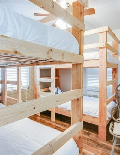 Dock Holiday - Bunk Room