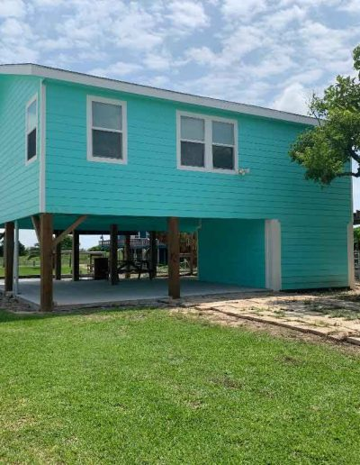 LittleBlueCrab-House-from-Road