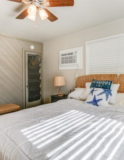 Dock Holiday - Master Bedroom