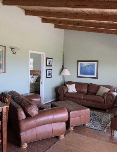 Relax-Inn_Living-Room-Area