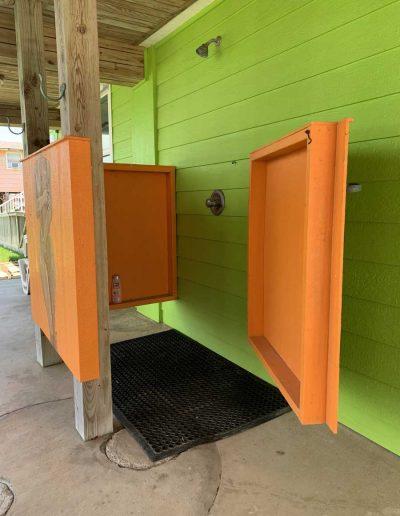 Relax-Inn_Outdoor-Shower