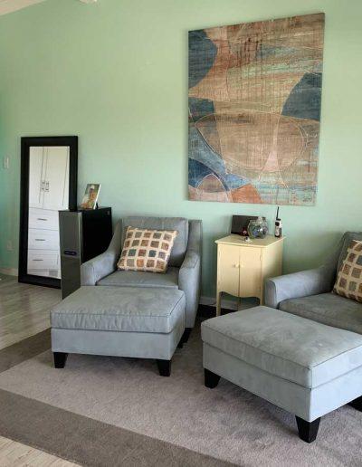 Relax-Inn_Sitting-Area