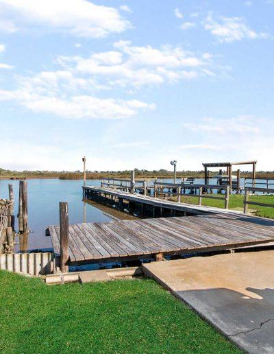 Flat Fish Lodge Canal Access
