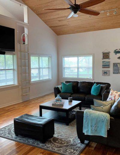 Kritzlers Living Room 1