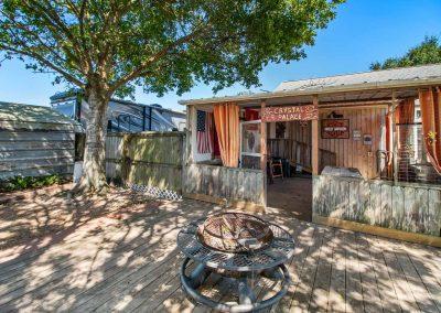 1400 Bayou Drive - Back deck w firepit