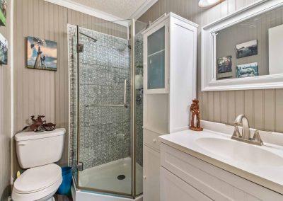 1400 Bayou Drive - Bathroom 2