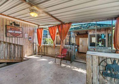 1400 Bayou Drive - Covered deck
