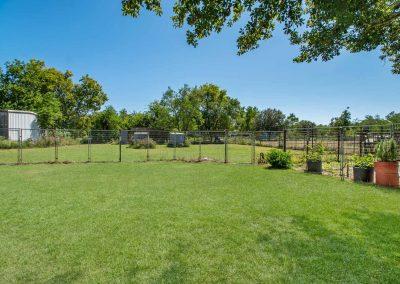 1400 Bayou Drive - Fenced backyard garden
