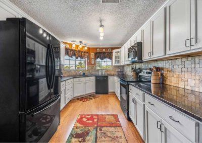 1400 Bayou Drive - Kitchen view 1