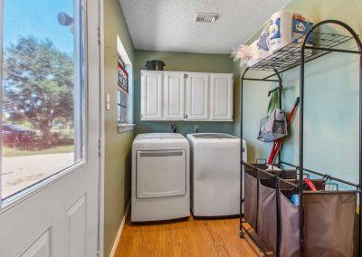 1400 Bayou Drive - Laundry Room