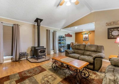 1400 Bayou Drive - Living / Dining Flow