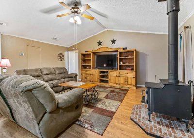 1400 Bayou Drive - Living room w stove