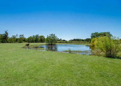 1400 Bayou Drive - Private pond