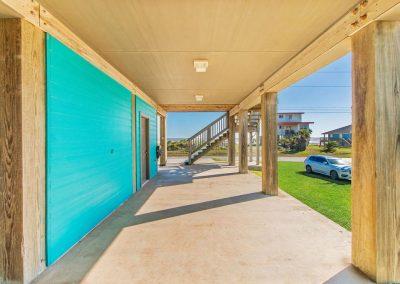 Los Ninos Casa De Playa - Covered side patio