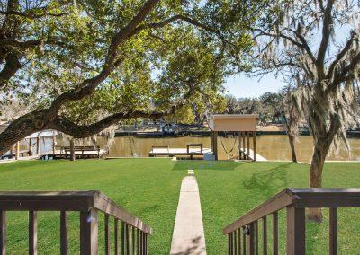128 PR 652 - Backyard walk