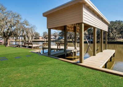 128 PR 652 - Covered Boat Lift