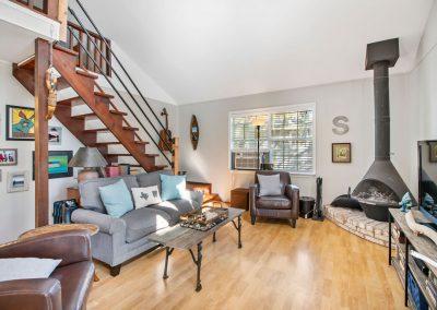 128 PR 652 - Living area