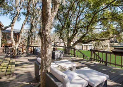 128 PR 652 - raised patio deck