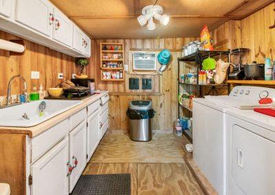 803 CR 299 Kitchen & laundry