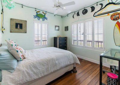 Mermaid Sunrise - Bedroom 2