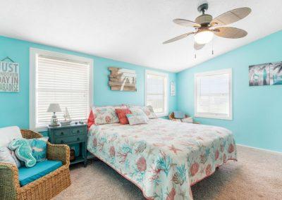 Christal's Castaway - Bedroom 1