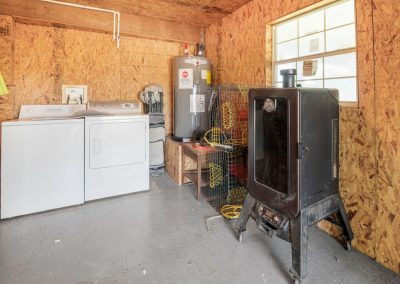 Christal's Castaway - Laundry and Utility Area