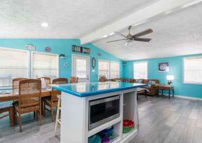 Christal's Castaway - Open Kitchen and Dining