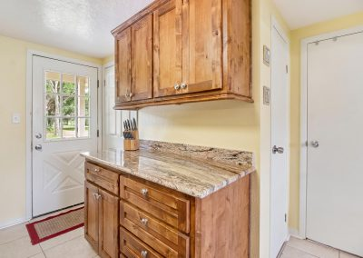 Grandpa's Place on Caney - Granite Counters