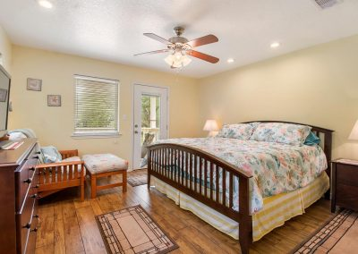 Grandpa's Place on Caney - Main Bedroom