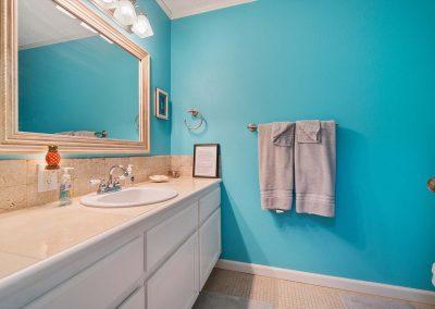 100 Bayshore Drive - Bathroom 1