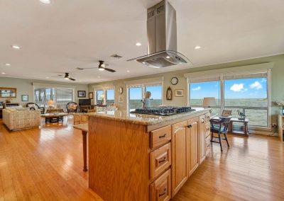 100 Bayshore Drive - Kitchen Island w Range & Hood