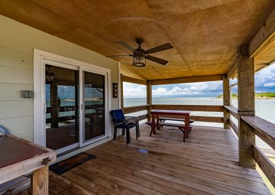 100 Bayshore Drive - Large Covered Deck w Fan