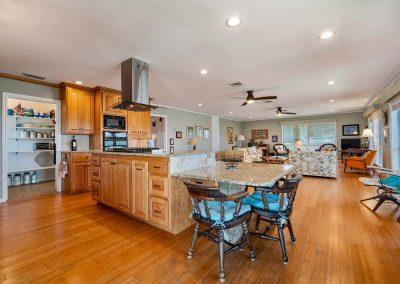 100 Bayshore Drive - Luxury Kitchen w walk-in Pantry