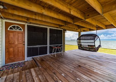 100 Bayshore Drive - Porch Swing w Infinite Views