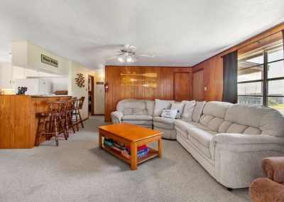 Peace at Bay - Comfortable Living Room
