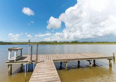Peace at Bay - Fishing Dock w Cleaning Station