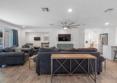 Reel Time - Huge Living Room