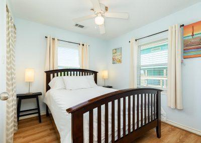 Little Peach House - Bedroom