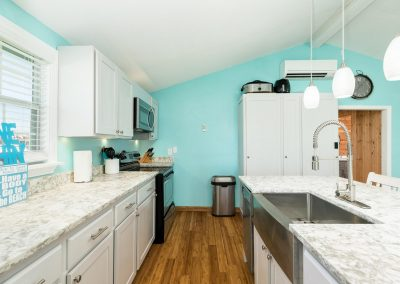 Flippin' Flounder - Easy access kitchen